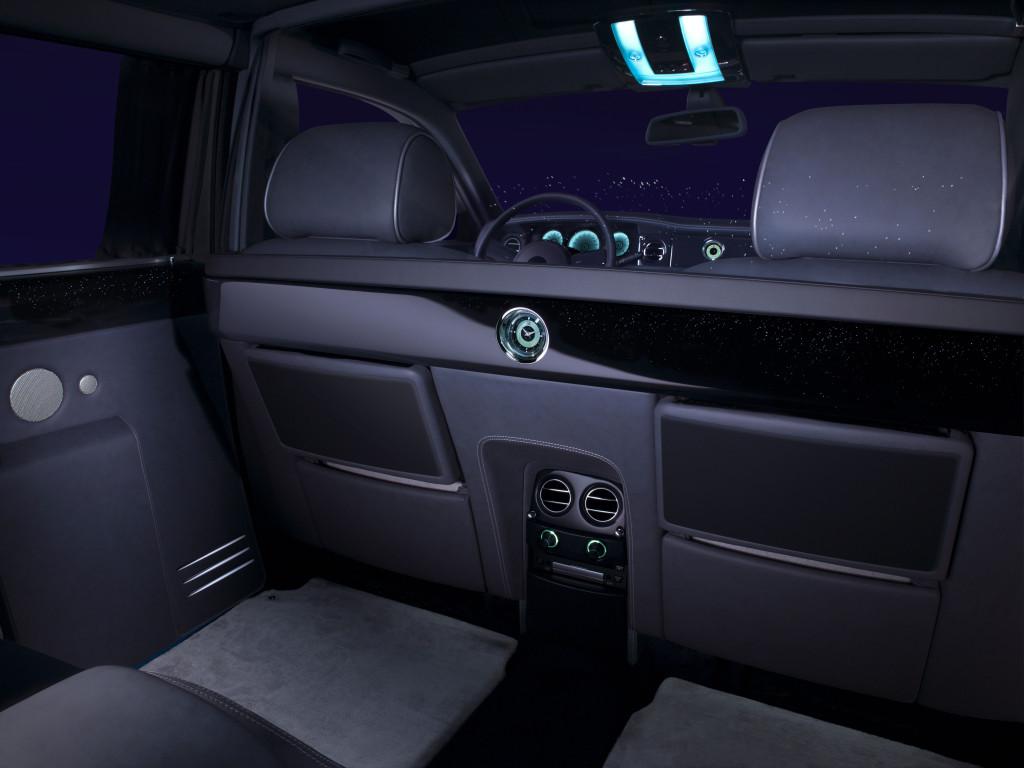 RR-interior3-setup-14210 final 6